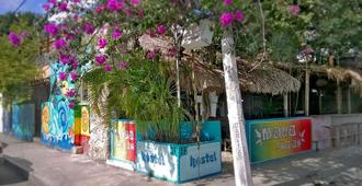 Maya Cha'an Guesthouse - Cancún - Outdoors view