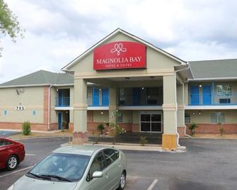 Magnolia Bay Hotel and Suites - Jonesboro - Gebouw