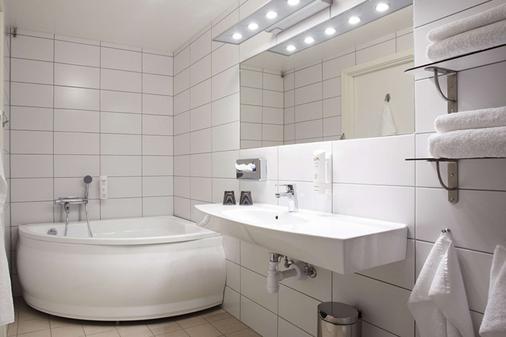 Comfort Hotel Jazz - Borås - Kylpyhuone