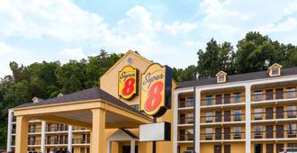 Super 8 by Wyndham Pigeon Forge-Emert St - Pigeon Forge - Rakennus
