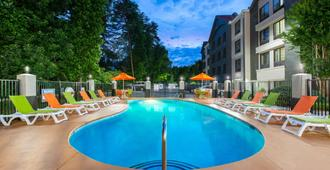 Super 8 by Wyndham Pigeon Forge Dollywood Lane - Pigeon Forge - Pool