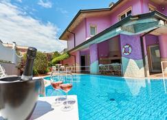 Villa Lilla - Desenzano del Garda - Havuz