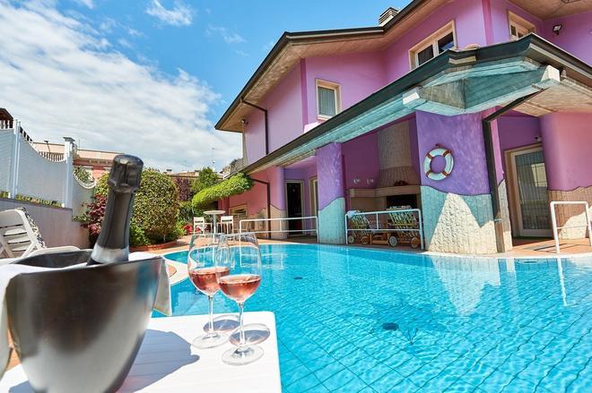 Villa Lilla - Desenzano del Garda - Πισίνα