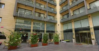Ramada by Wyndham Downtown Beirut - Beirut - Edificio