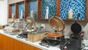 SpringHill Suites by Marriott Savannah Midtown - Savannah - Bufê