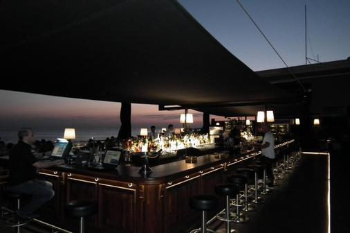 蘇埃第伊酒店 - 伊斯坦堡 - 伊斯坦堡 - 酒吧