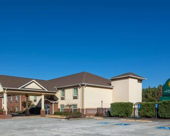 La Quinta Inn by Wyndham Calhoun - Calhoun - Building