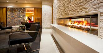Mantra Charles Hotel - Launceston - Lobby