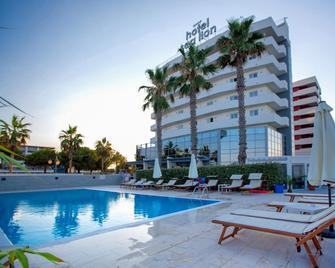 Sea Lion Hotel - Montesilvano - Pool