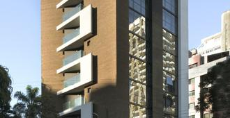 Nomaa Hotel - Curitiba - Gebäude