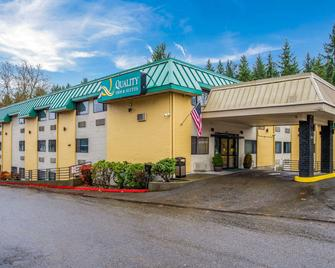 Quality Inn and Suites Lacey I-5 - Lacey - Building