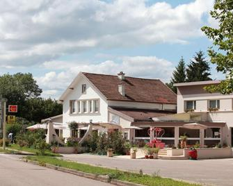 Auberge du Parc - Mirecourt - Building