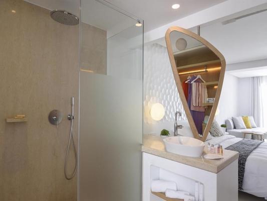 Myconian Kyma - Design Hotels - Mykonos - Bathroom