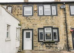 Wesley Cottage - Keighley