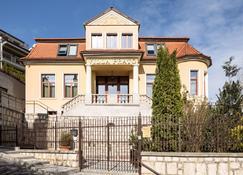 Villa Prato - Μπρασόβ - Κτίριο