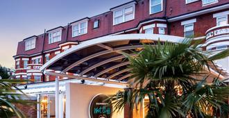 霍爾馬克伯恩茅斯西崖酒店 - 波茅斯 - 伯恩茅斯 - 室外景