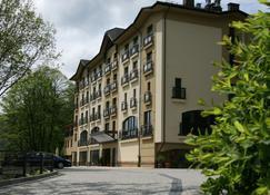Hotel Elbrus Spa & Wellness - Szczyrk - Building