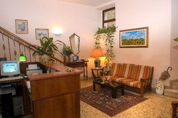 Hotel Umbria - Perugia - Reception
