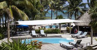 Caribbean Villas Hotel - San Pedro Town - Pileta