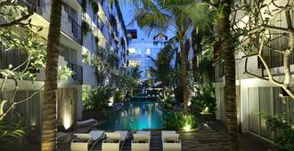The Akmani Legian - Kuta - Pool