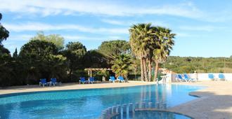 Hotel La Romarine - Ramatuelle - Piscina