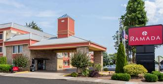 Ramada by Wyndham Portland - Portland - Edificio