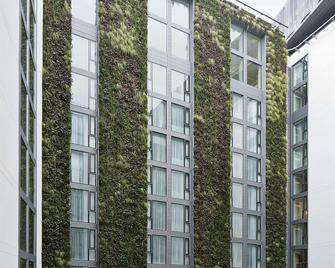 DoubleTree by Hilton Hotel London - Tower of London - London - Building