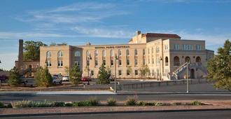 Hotel Parq Central - Albuquerque - Building