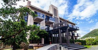 Siangge Chuanfan Rock Resort - Hengchun - Building