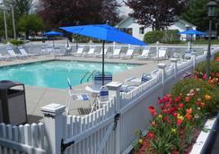 Elmwood Resort Hotel - Wells - Uima-allas