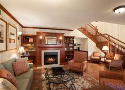 Country Inn & Suites by Radisson Manchester Air - Bedford - Soggiorno