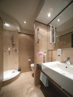 Best Western Hotel Bremen City - Bremen - Bathroom