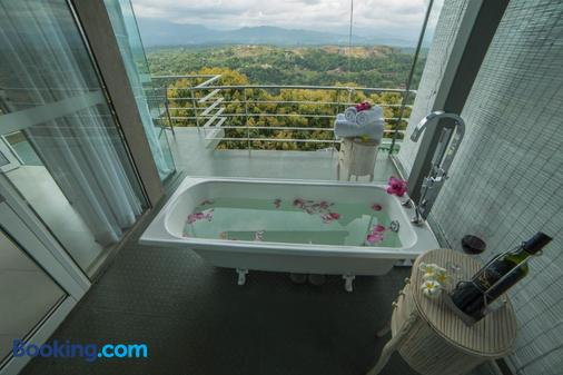 Sky Pavilion - Kandy - Bathroom