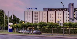 Park Inn by Radisson Cologne City West - Cologne - Building