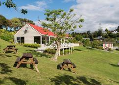 Russell Top 10 Holiday Villas - Russell
