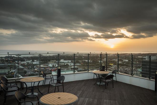 Vistacay Hotel Worldcup - Seogwipo - Balcony