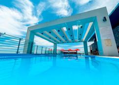 Vistacay Hotel Worldcup - Seogwipo - Pool