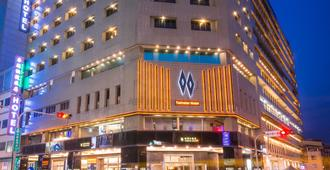 雙星大飯店 - 台中 - 建築