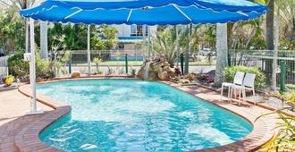 Silver Sands Apartments - Hervey Bay
