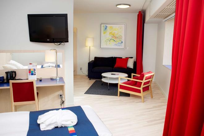 Park Inn by Radisson Stockholm Hammarby Sjostad - Tukholma - Olohuone