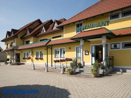 Hotel Restaurant Schachenwald - Unterpremstatten - Building