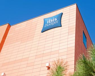 Ibis Budget Toulouse Aéroport - Бланьяк - Building