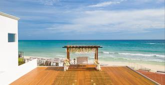 Hilton Playa Del Carmen Adult Only Resort - Playa del Carmen - Beach