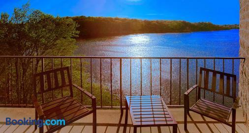 River Inn - Wisconsin Dells - Ban công