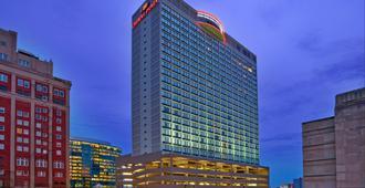 Crowne Plaza Kansas City Downtown - Kansas City - Building
