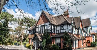 Langtry Manor Hotel - בורנמאות'