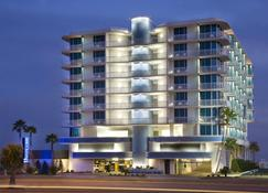 South Beach Biloxi Hotel & Suites - Biloxi - Building