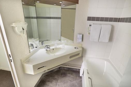 Campanile Blanc-Mesnil - Le Blanc-Mesnil - Bathroom