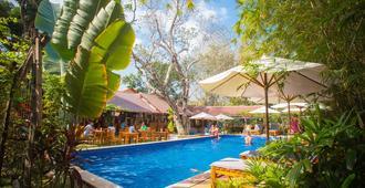 海洋度假村 - 富國 - 富國 - 游泳池