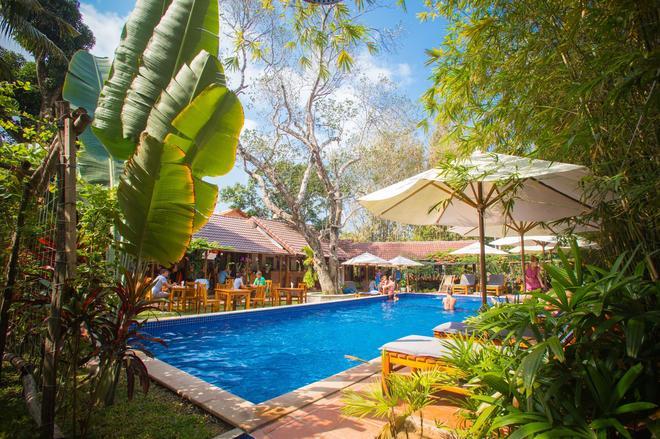 La Mer Resort - Dương Đông - Bể bơi
